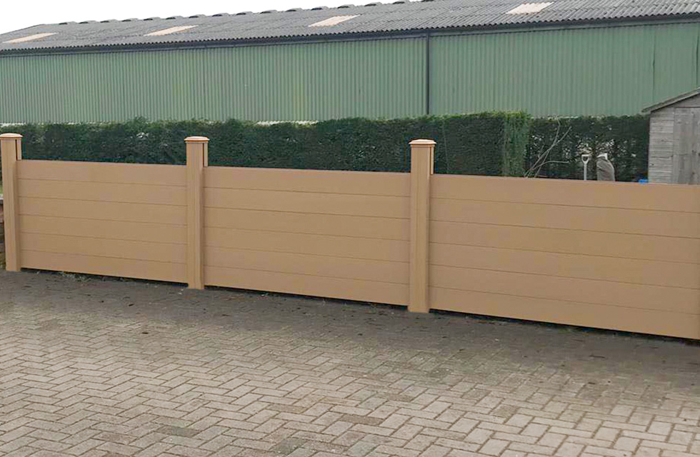Composite fencing teckwood