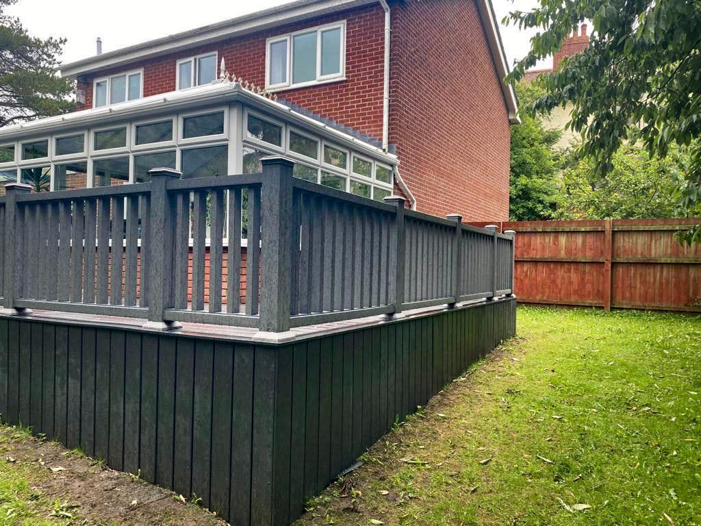Composite Fencing image 2