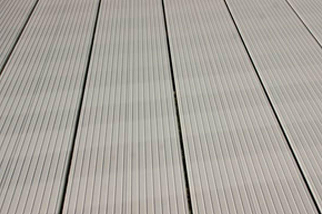 Seamsless aluminium decking